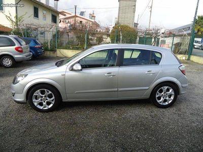 usado Opel Astra 1.7 CDTI Cosmo -