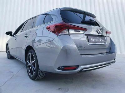 usado Toyota Auris Touring Sports 1.4D Pack Techno Sport J17