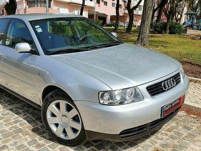 usado Audi A3 1.6i AMBITION