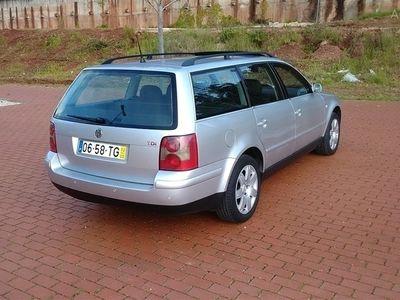 usado VW Passat V. 1.9 TDi Confortline (130cv) (5p)