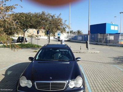 usado Mercedes C270 Avangard -