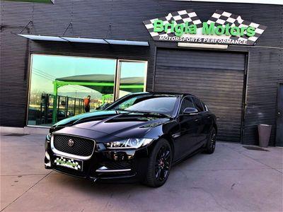 usado Jaguar XE 2.0D R-Sport Black Edition