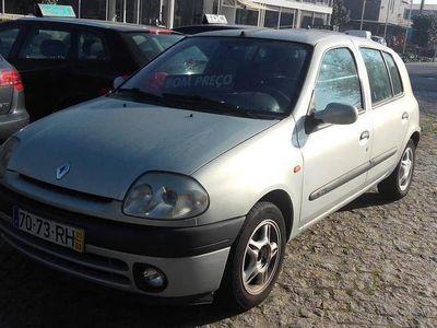 usado Renault Clio 1.2 5PORTAS 16V -