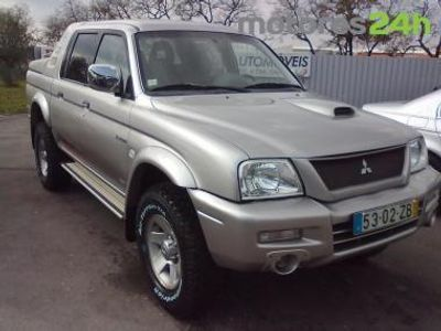 usado Mitsubishi L200 2.5 TD STRAKAR SPORT