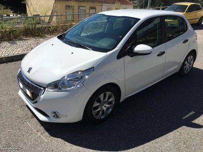 usado Peugeot 208 1.4 hdi perfeito -
