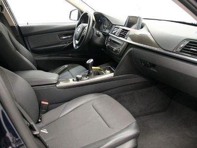 usado BMW 318 Série 3 serie 3 touring diesel d line modern