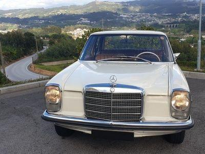 usado Mercedes W115 220 Sedan - 1971