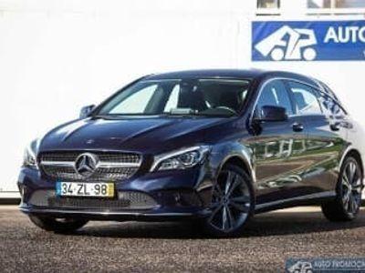 usado Mercedes CLA180 Shooting Brake Classe d Urban (109cv) (5p), Diesel