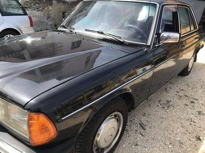 usado Mercedes 240 W 123