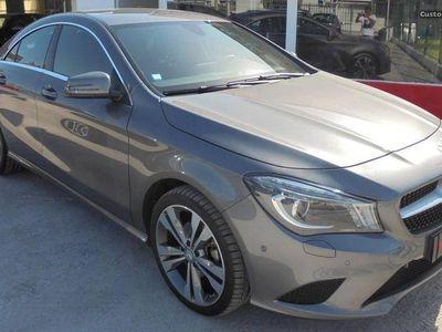 usado Mercedes CLA200 Urban - 16