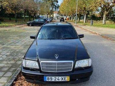 usado Mercedes C250 2.5 turbodiesel