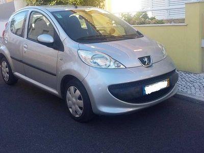 usado Peugeot 107 1.0 estimado -