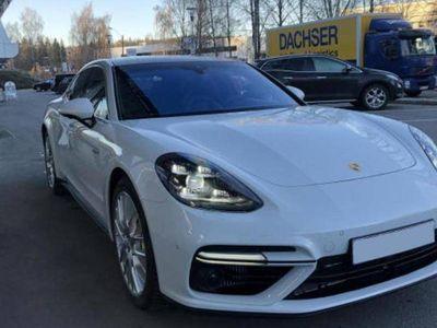 brugt Porsche 911 Turbo S PanameraE-Hybrido