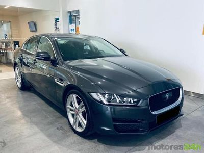 usado Jaguar XE 2.0 D Portfolio Aut. (180cv) (4p)