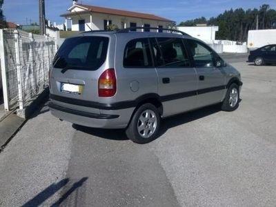 usado Opel Zafira 2.2 DTi Elegance (125cv) (5p)