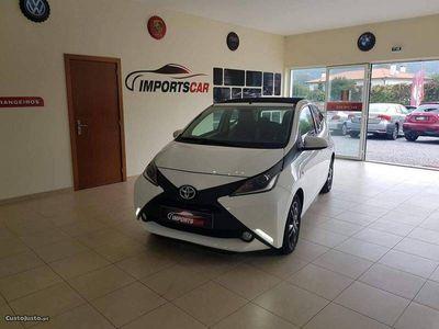 usado Toyota Aygo 1.0 VTI XPLAY CABRIO