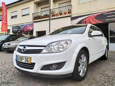 usado Opel Astra 1.7 CDTi Cosmo EcoFLEX