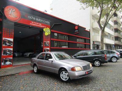 usado Mercedes C200 D Elegance (75cv4p) Muito bom estado