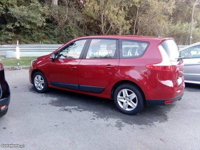 usado Renault Grand Scénic 1500 dci 110cv GPS -