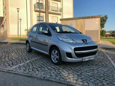 usado Peugeot 107 Black & Silver Edition