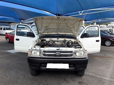 usado Toyota HiLux Cabine Dupla 4X4