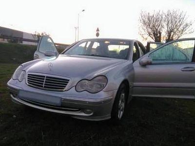 usado Mercedes C220 Avantguard 150cv