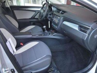 usado Toyota Avensis carrinha, 1.6 D-4D 112cv, ano 2015