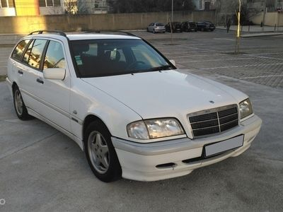 usado Mercedes C220 ClasseCDi Sport (125cv) (5p)
