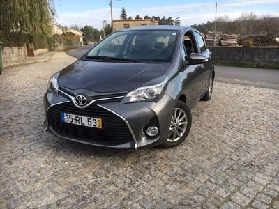 usado Toyota Yaris 1.0 vvti-styel