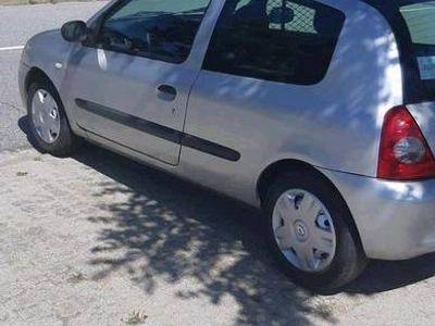 usado Renault Clio storia