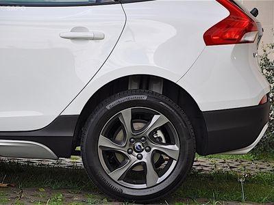 usado Volvo V40 CC D2 Kinetic