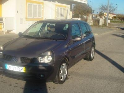 usado Renault Clio 1.2 16-VALVULAS LUXE PRIVILEGE