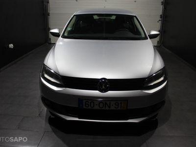 usado VW Jetta 1.6 TDi Confortline BlueMotion (105cv) (4p)