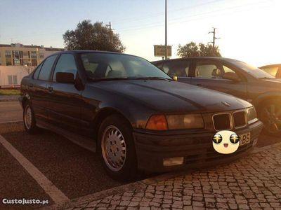usado BMW 320 320 e36 i -