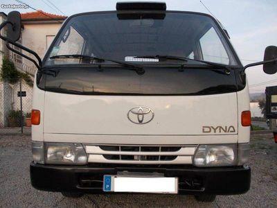 usado Toyota Dyna 150 cab. dupla -
