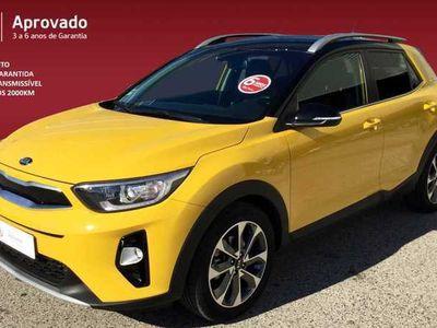 usado Kia Stonic 1.6 CRDI ISG 6MT Amarelo