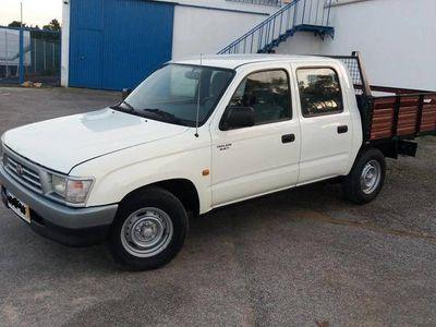 usado Toyota HiLux 4x2