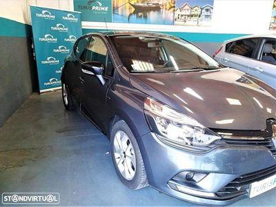 usado Renault Clio 0.9 TCE Limited (90cv) (5p)