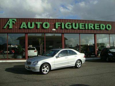 usado Mercedes C220 CDI Avantgard 150 cv Nacional Cx Automática