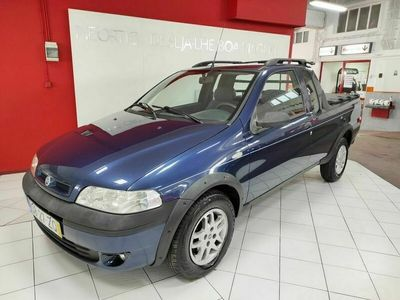 usado Fiat Strada 1.9JTD