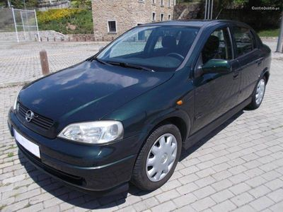 usado Opel Astra 2.0DI