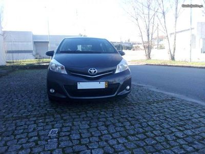 usado Toyota Yaris 1.4 d4d 5 lug_13