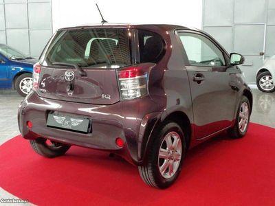 usado Toyota iQ 1.0 VVT-i 2 EP -