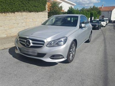 usado Mercedes E220 Classe ECDi Avantgarde BE Aut. (170cv) (4p)