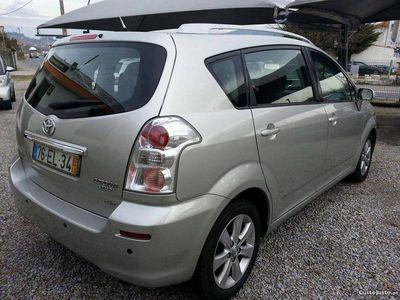 usado Toyota Corolla Verso D-4D -