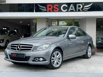 usado Mercedes C220 Avantgarde Auto.