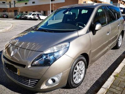 usado Renault Grand Scénic Luxe 1.9dCi 130 7L