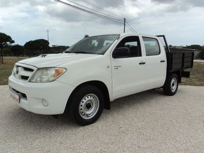 used Toyota HiLux cd 2.5 d4d