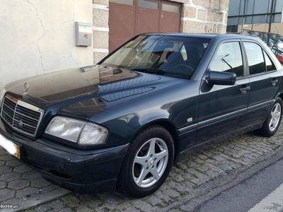usado Mercedes C200 Diesel - 97