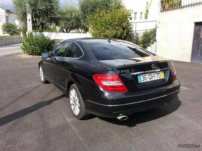 usado Mercedes C250 C-250 Coupe 204cv